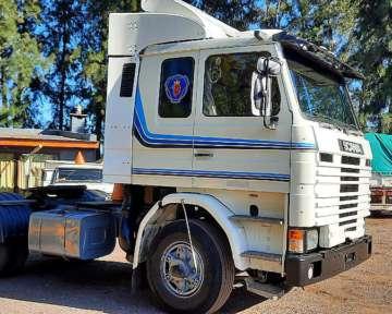 Camion Scania 113