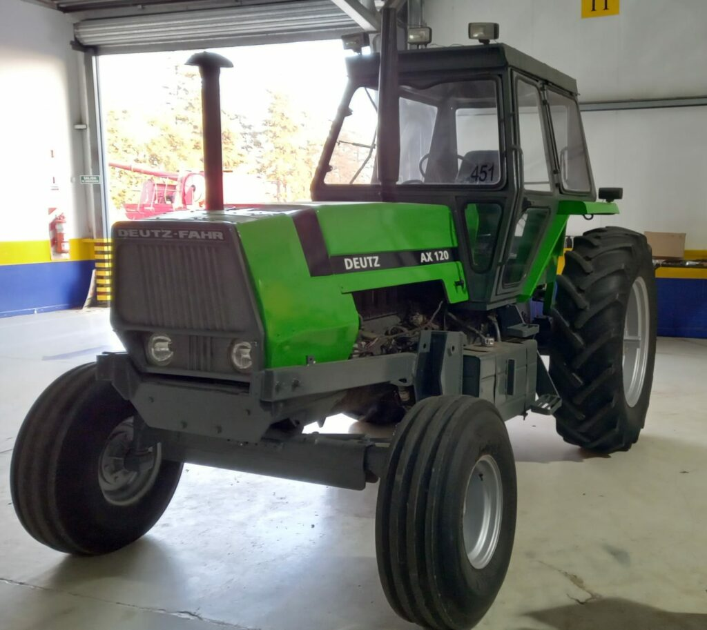 Tractor Deutz AX 4.120